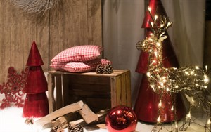 Weihnachtsbeleuchtung zieht die Blicke der Menschen an