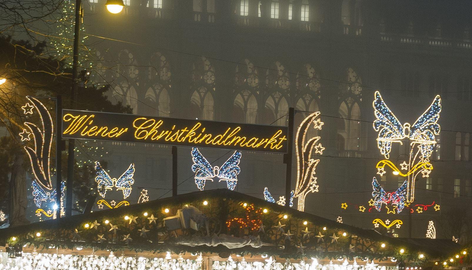 Weihnachtsbeleuchtung Außen Schlitten.Vorfreude Auf Die Weihnachtsbeleuchtung Am Weihnachtsmarkt