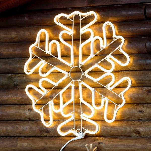 weihnachtstrends-2021-weihnachtsbeleuchtung-minimalismus-neonflux-stern